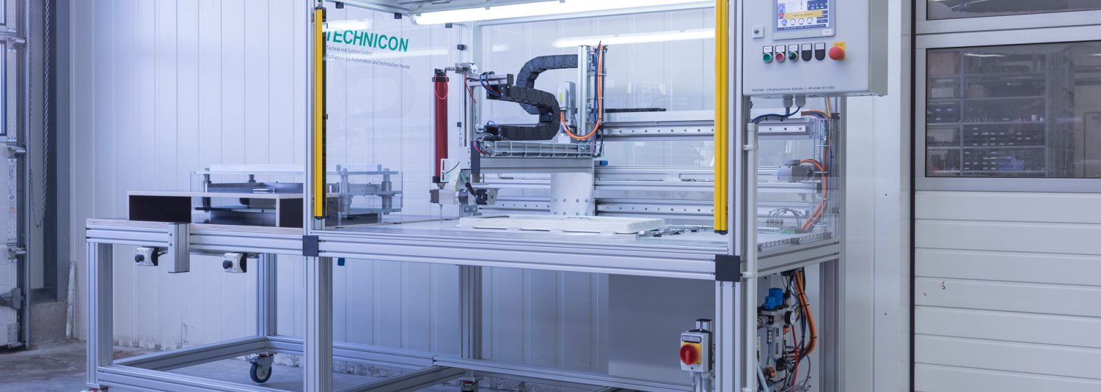CNC adhesive sealant dispensing kontur klebstoffauftrag