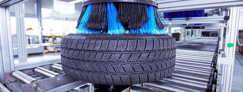 Tellerbürste Felge der Reifenwaschanlage